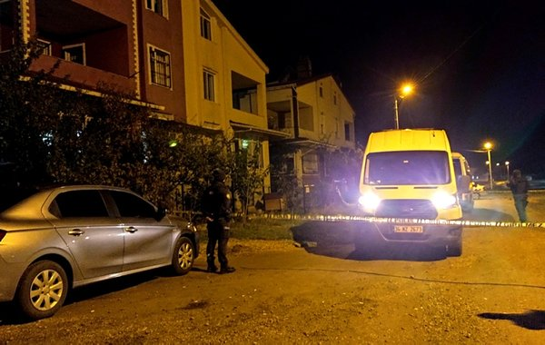 İstanbul'da silahlı saldırı: İki kişi hayatını kaybetti - A Haber En Son  Haberler