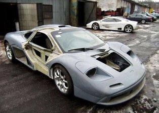 Hurdadan topladığı parçalardan McLaren yaptı!