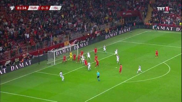 Merih Demiral'dan EURO 2020'ye götüren kurtarış
