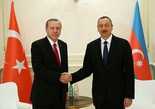 İlham Aliyev'den Erdoğan'a tebrik telefonu