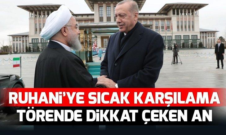 Erdoğan'dan Ruhani'ye sıcak karşılama törende dikkat çeken an