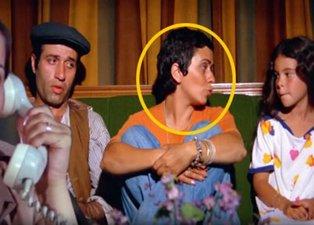 İbo ile Güllüşah filmindeki Oya bakın hangi ünlünün annesi çıktı? Kızı kendinden ünlü çıktı