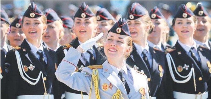 1 MİLYON RUS POLİS GELİYOR...