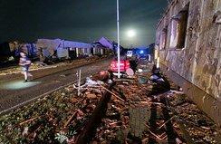 Şiddetli kasırga: 150 kişi yaralandı