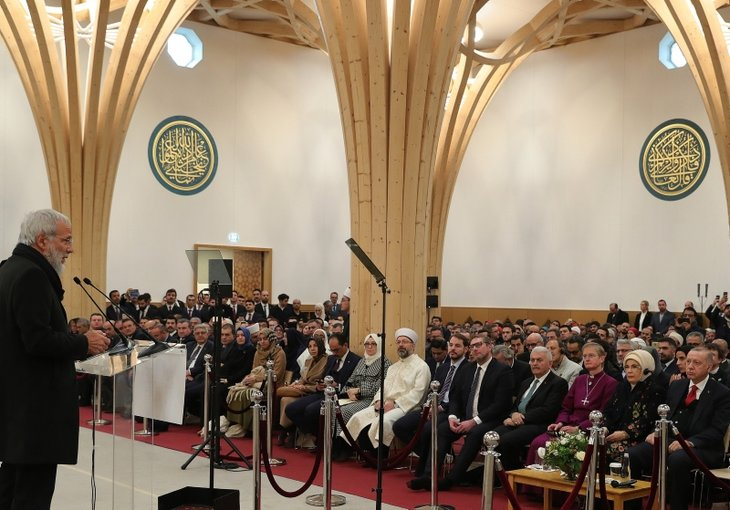 Başkan Erdoğan İngiltere'deki Cambridge Camisi'ni açtı
