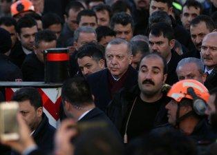 Başkan Erdoğan Elazığ'da deprem bölgesinde!
