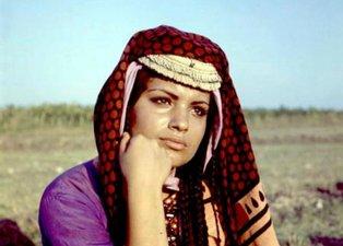 Yeşilçam'ın unutulmaz filmi Salako'nun Emine'si son görüntüsüyle şaşırttı