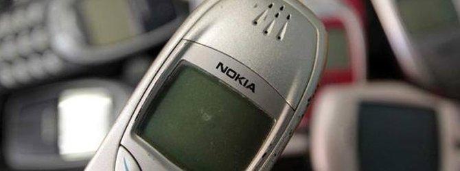 Eski telefonundan çıkardığı parça ile yaptığı şey inanılmaz!