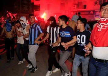 AdanaDemirspor'un 26 yıl sonra gelen şampiyonluğu yasak dinlemedi! Ürküten görüntüler