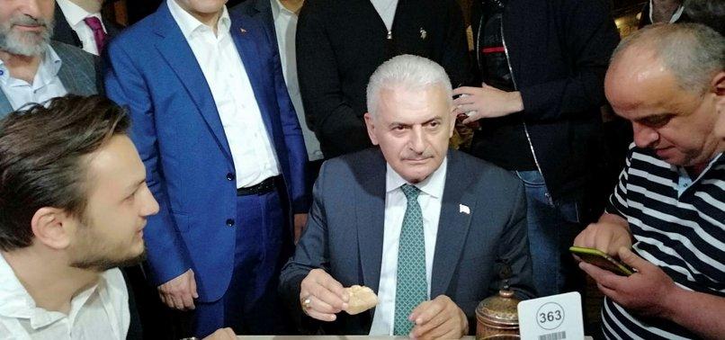 BİNALİ YILDIRIM'DAN SAHUR SÜRPRİZİ!
