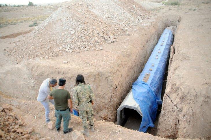 PKK/YPG'li teröristler Tel Abyad'ı köstebek yuvasına çevirmiş