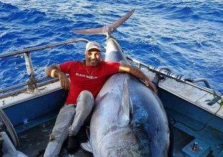 Balık tutmaya gitti öyle bir şey yakaladı ki...