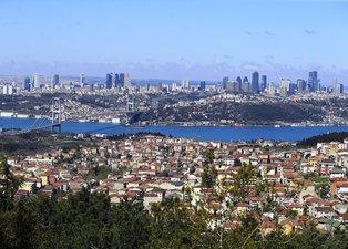 İstanbul Boğazı'nda şaşırtan görüntü! Nedeni belli oldu...