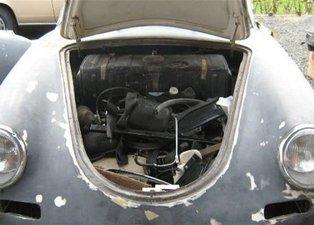 Hurda halindeki Porsche'yi öyle bir hale getirdi ki...