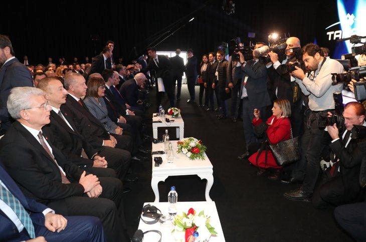 TANAP Avrupa'ya bağlandı! Başkan Erdoğan ve İlham Aliyev butona birlikte bastı