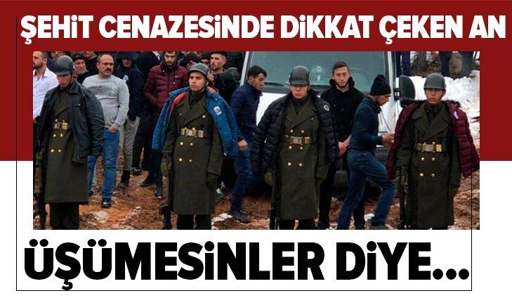 ŞEHİT CENAZESİNDE DİKKAT ÇEKEN AN!