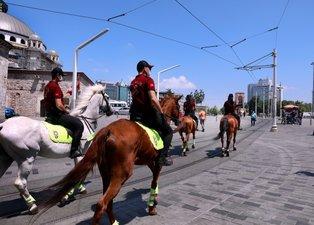 Atlı birlikler Taksim'e indi