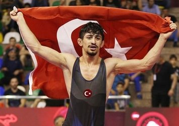 Kerem Kamal altın madalya aldı