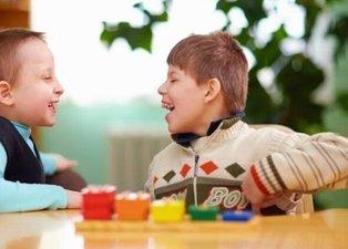 Serebral Palsi için ilk 5 yaş önemli! Serebral Palsi (Beyin Felci) genetik mi, tanısı nasıl konulur, tedavisi nedir?