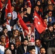 AK Parti referandum kampanyasını resmen başlattı! Salondan ilk kareler