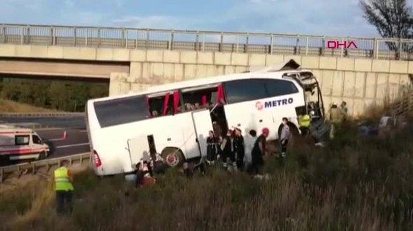 Otobüs yoldan çıktı! Çok sayıda ölü ve yaralı var
