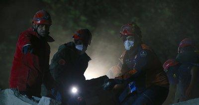 İzmir'de 30 saat sonra enkazdan çıkarılan vatandaş hayatını kaybetti