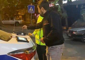 Alkollü sürücünün alkolmetreyi pos cihazı sandı: Ödemeye çalışma şekli gülümsetti
