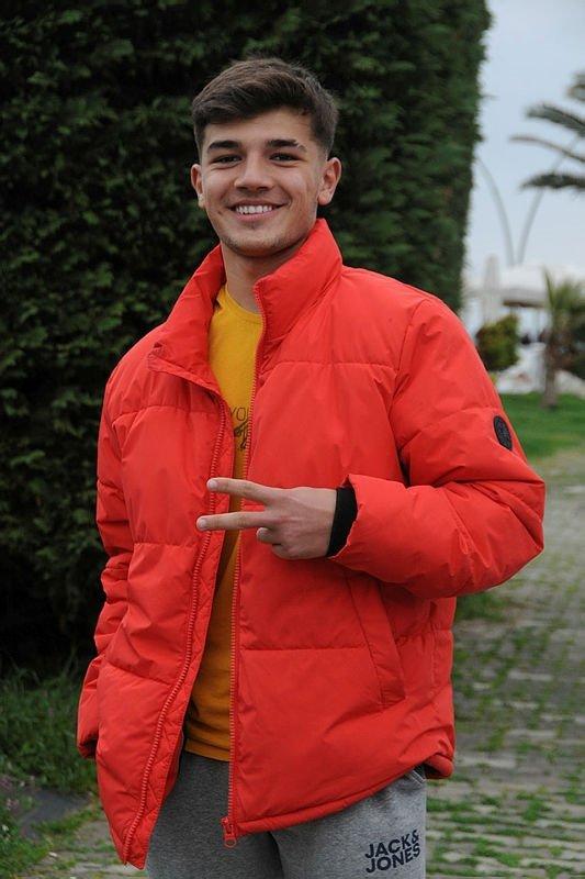 Trabzonlu genç Mustafa Mert Topal Apple'ın yeni reklam yüzü oldu!