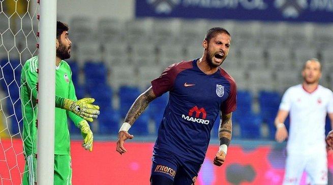 Başakşehir kupada tur biletini kaptı