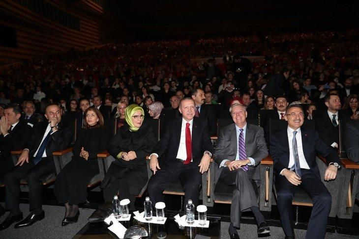 Başkan Erdoğan Fazıl Say konserinde!