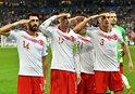 UEFA'NIN ASKER SELAMINA SORUŞTURMA BAŞLATMASIYLA İLGİLİ HÜKÜMETTEN SERT TEPKİ