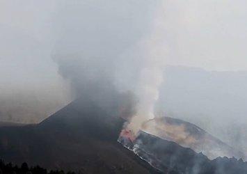 La Palma'ya kül yağıyor!Yanardağdan püsküren lavlar yerleşim yerlerine ulaştı