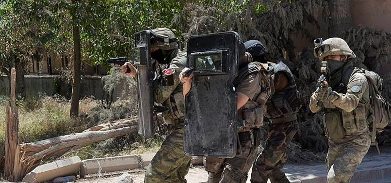NUSAYBİN'DE BOMBA PATLADI! 5 GÜVENLİK GÖREVLİSİ YARALANDI