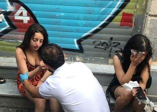 Taksim'de dehşet dolu anlar! Motosikletiyle insanların arasına daldı