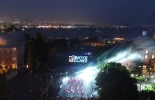 İstanbul'da  15 Temmuz gösterisi
