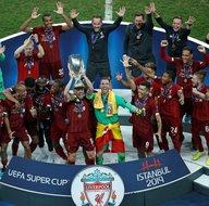 Chelsea'yi deviren Liverpool Süper Kupa'yı böyle kaldırdı! İşte maçtan önemli kareler...
