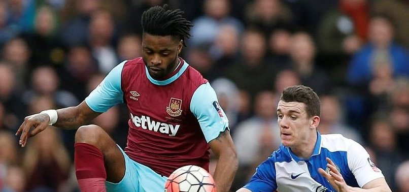G.SARAY'DA ALEX SONG SEVİNCİ