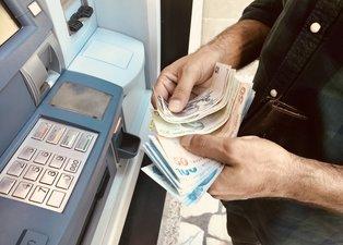 Yeni yılda emeklilere 1.100 TL promosyon! Bankaların emekli promosyon ücreti ne kadar? Hangi banka ne kadar promosyon veriyor?