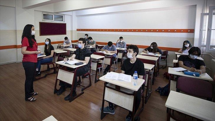 Bu yıl sınıfta kalma var mı, kalktı mı? 2021 MEB sınıf geçme nasıl olacak? ilkokul, ortaokul, lise...