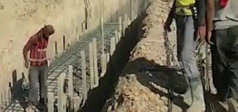 Teröristler tünel ve siper kazıyor ile ilgili görsel sonucu
