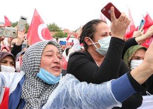 Başkan Erdoğan'a Kırşehir'de sevgi seli! Gözyaşlarına hakim olamadı