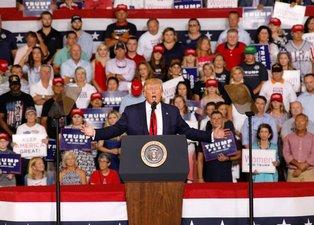 Trump Müslüman düşmanlığını yine dışa vurdu!
