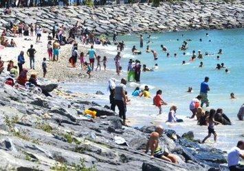 İstanbul'da sıcaktan bunalanlar Avcılar sahiline akın etti