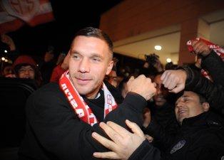Lukas Podolski Antalyaspor'da! Tarihi görüntüler...