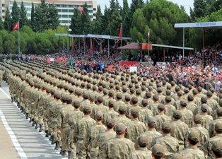 Yeni askerlik sistemi belli oldu! Yeni askerlik sistemi ne zaman başlıyor? Bedelli askerlikte ücret ne kadar olacak? Yedek astsubay maaşları ne kadar?