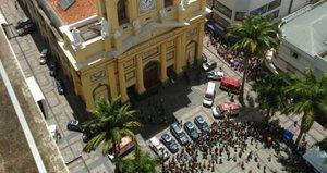 Brezilya'da katedralde silahlı saldırı: 4 ölü