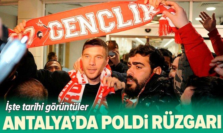 LUKAS PODOLSKİ ANTALYASPOR'DA!