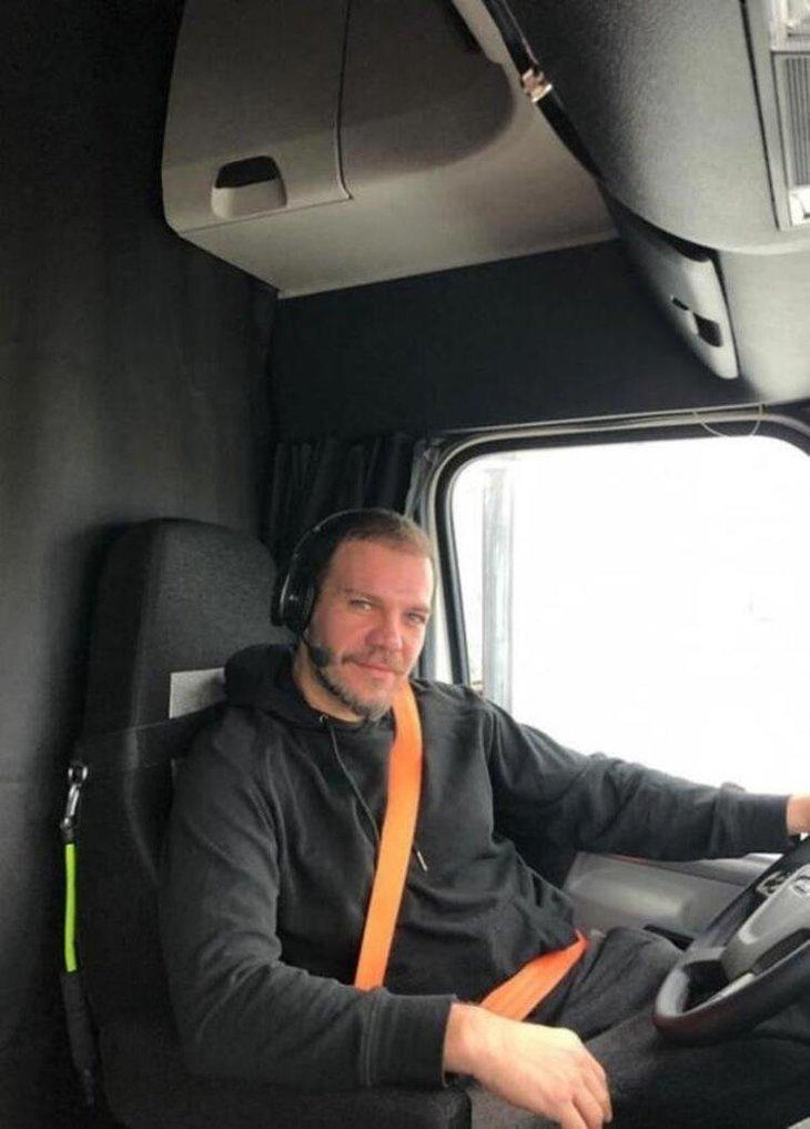 TIR şoförlüğü yapan Tolga Karel şirket kurdu