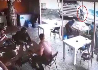Son dakika: Tunceli'de dehşet anları kamerada! Freni boşalan TIR lokantaya girdi