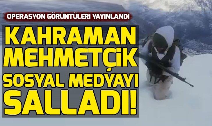 Kahraman Mehmetçik diz boyu kar altında operasyona gidiyor